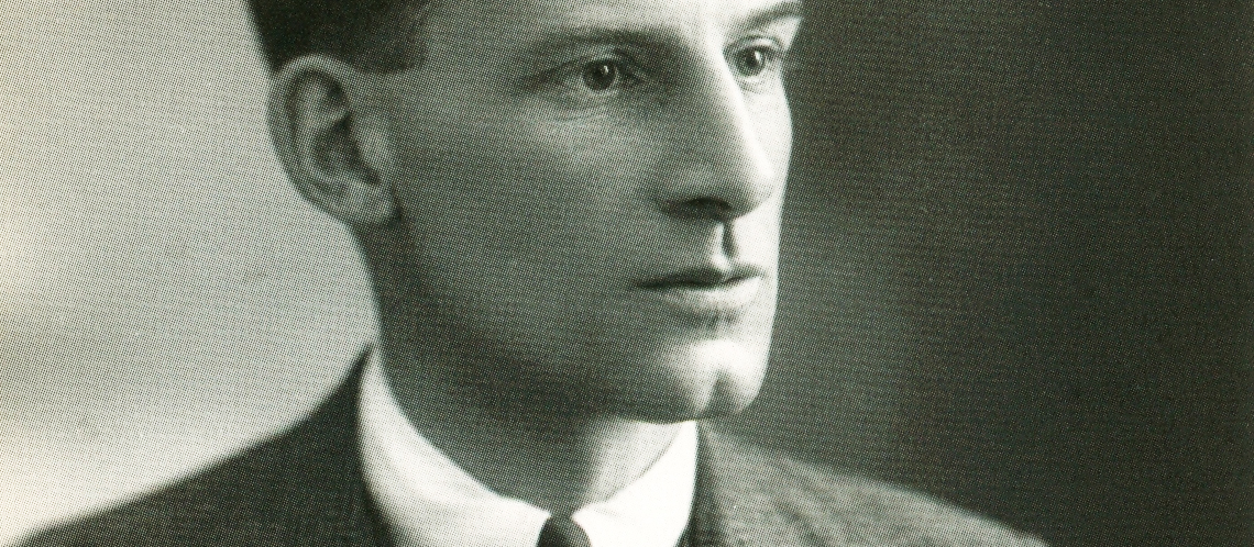 essay on suicide in the trenches by siegfried sassoon